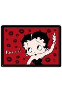 Метална картичка Betty Boop Kiss Me